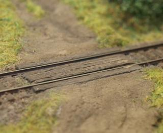 Wooden rail crossing 1:160